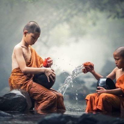 Buddhist Ritual Water -FreeStockPhotos.io-640x410